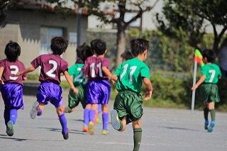 シーバー病(セーバー病)・踵骨骨端症でスポーツをする子供