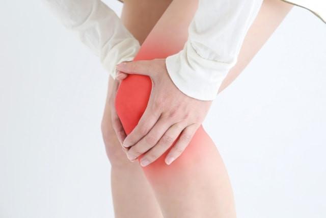 半月板損傷で痛む膝