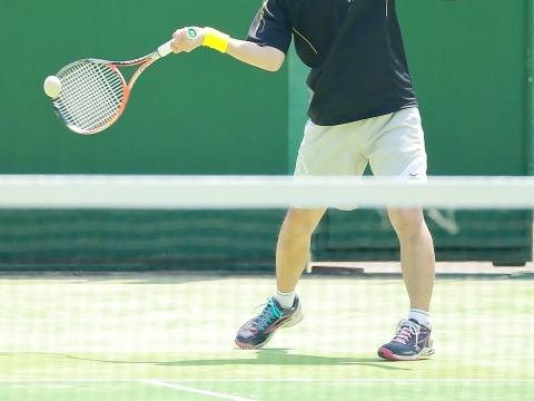テニスをしていてテニス肘になる場合